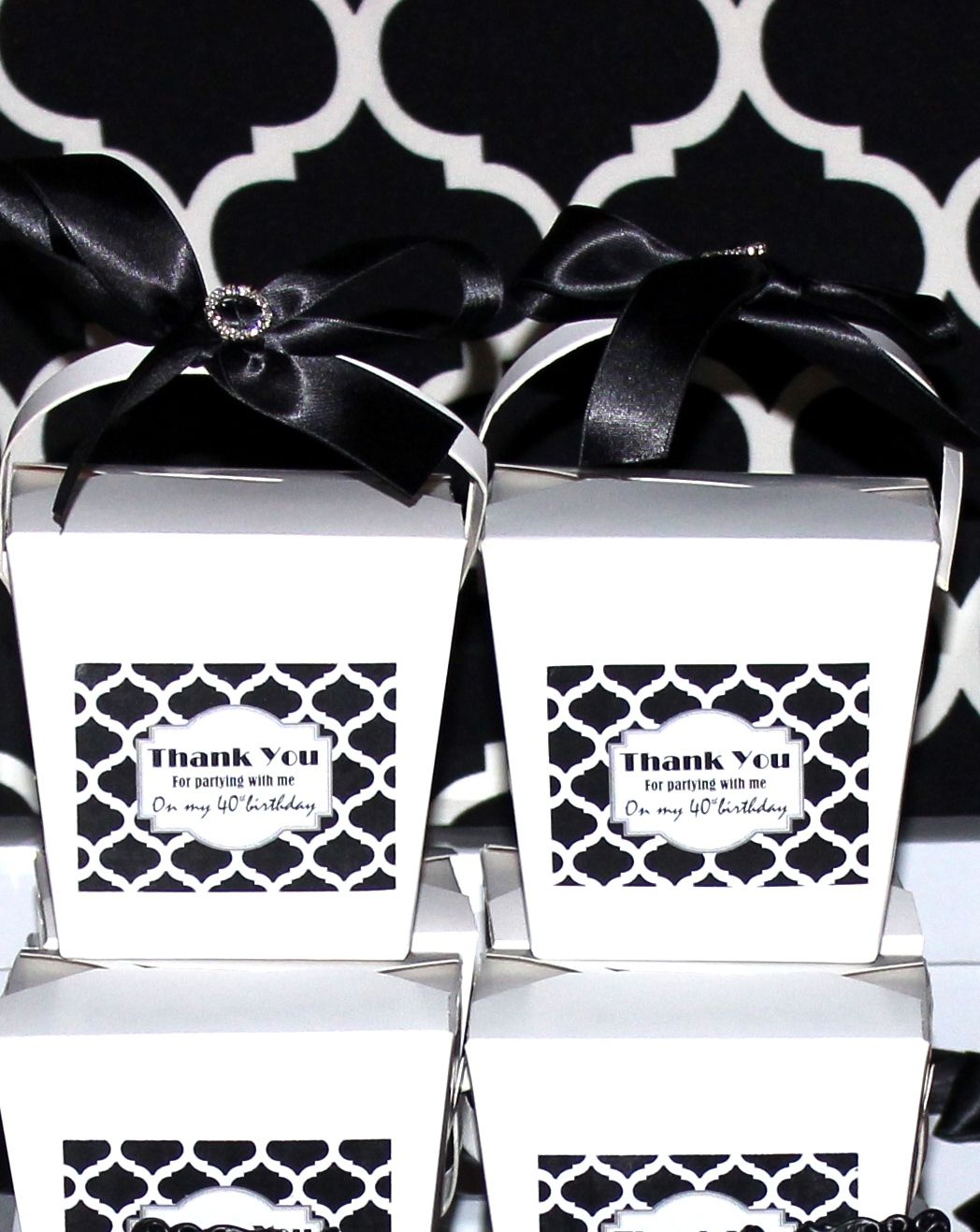 black and white theme, Hollywood,glam. Favor boxes, candy buffet ...