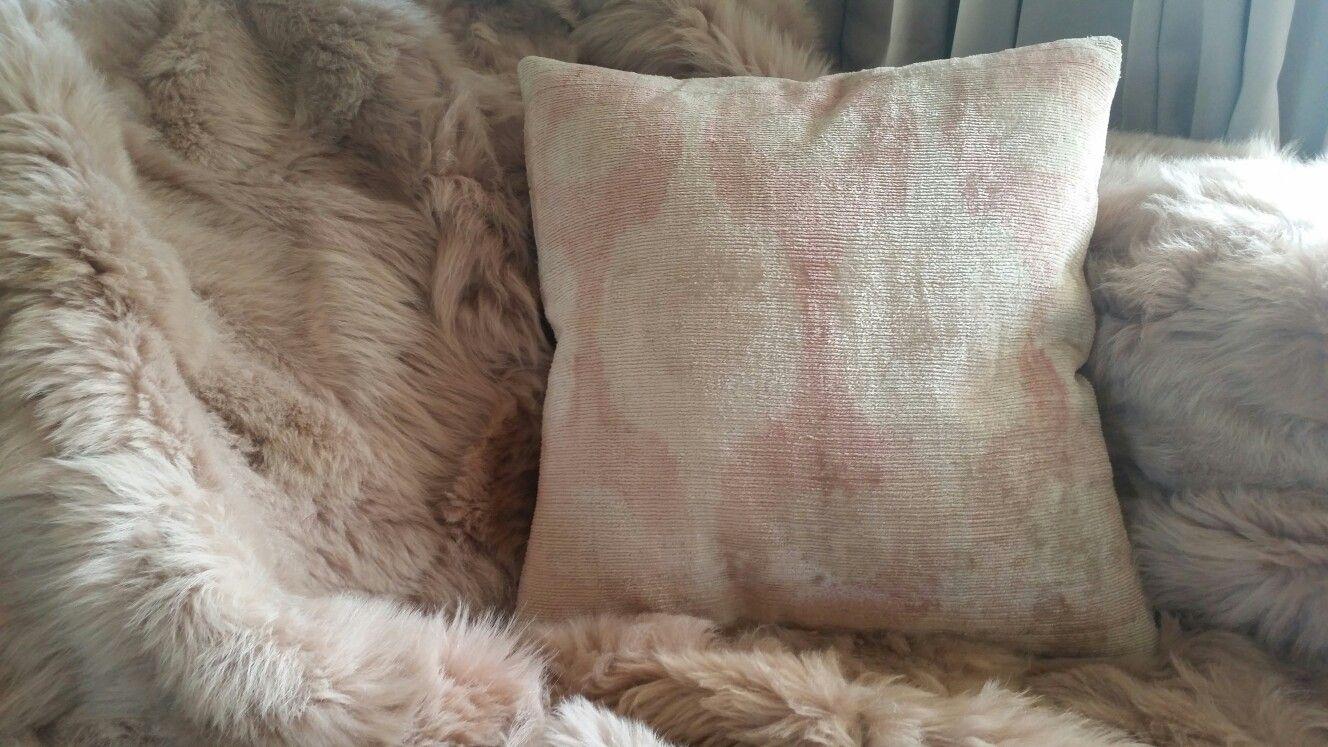 Oud Roze Kussens : Home plaid lamswol oud roze zijden ikat kussen alles van