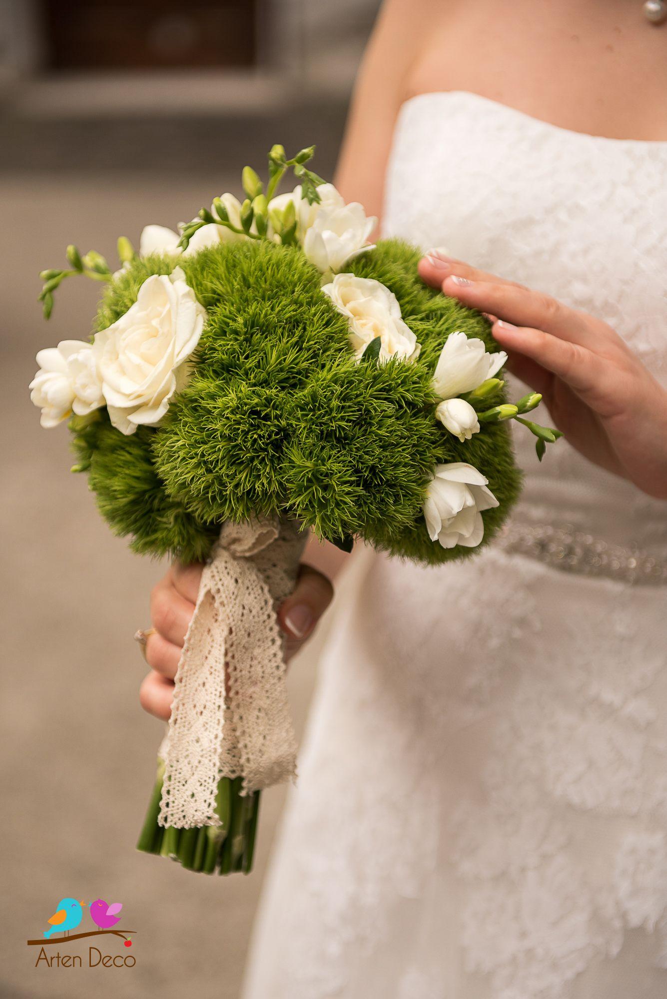 Atelier Floral Aranjamente Florale Buchet Mireasa Din Flori Verzi