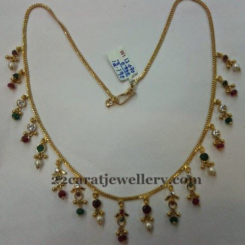 Jewellery designs 13 grams very simple chic necklace for Simple gold ornaments