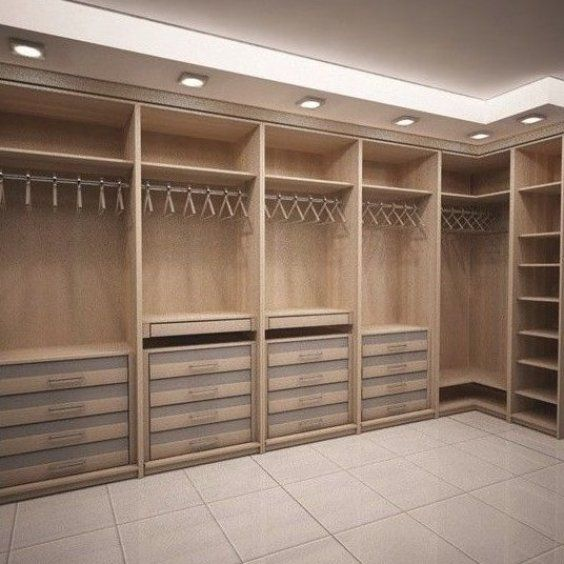 Walk-in closet - Claire C  -  Walk-in wardrobe     #begehbarer #Wardrobe  - #claire #closet #HomeInteriorDesign #InteriorDesign #ModernHomeDesign #Walkin