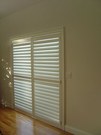 Horizontal Blinds For Sliding Glass Doors Also A Neat Way To Hang Holiday Cards Of All Sorts Horizontal Blinds Sliding Glass Door Blinds