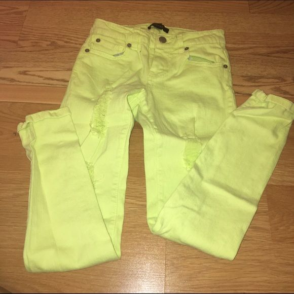 Lime green jeans Lime green ripped jeans in size 24. If you have any questions please feel free to ask ❣ Forever 21 Pants