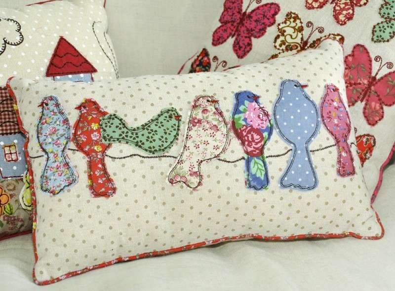 Riciclo creativo dei tessuti cuscini fai da te applikaatio