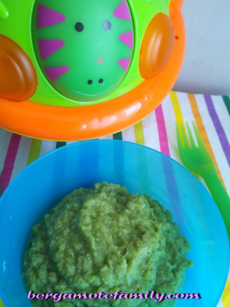 Un petit plat à base de brocoli pour un bon déjeuner :) Le brocoli peut-être donné dès 6 mois à bébé, à condition qu'il soit cuit, mixé et de préférence as