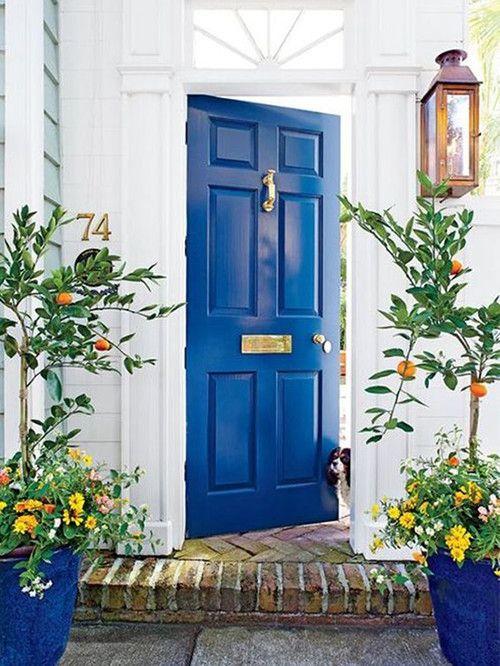 20 Puertas Pintadas Para Dar La Bienvenida A Tu Casa Puertas De Colores Puertas Delanteras De Color Puertas De Entrada