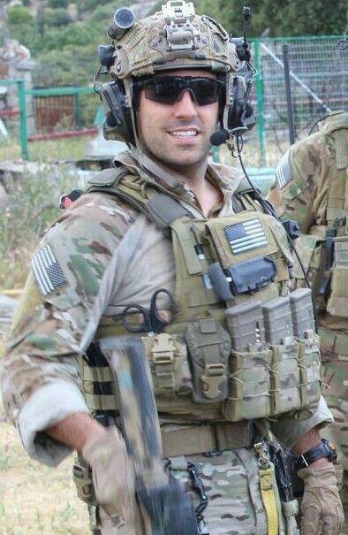 Pin by Meg Ledbetter on Uniforms I. | Military men, Men in