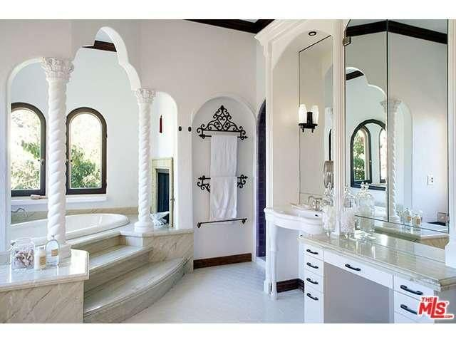 For Sale Sia S Los Feliz Home Bathroom Designs