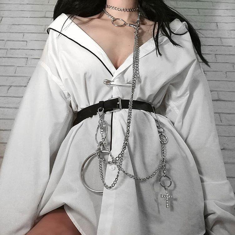 "Photo of min. on Instagram: ""♠♠♠ . #outfit #outfits #fashioninspo #fashioninspiration #alternativegirl #alternativestyle #grungefashion #grungestyle #outfitideas…"""