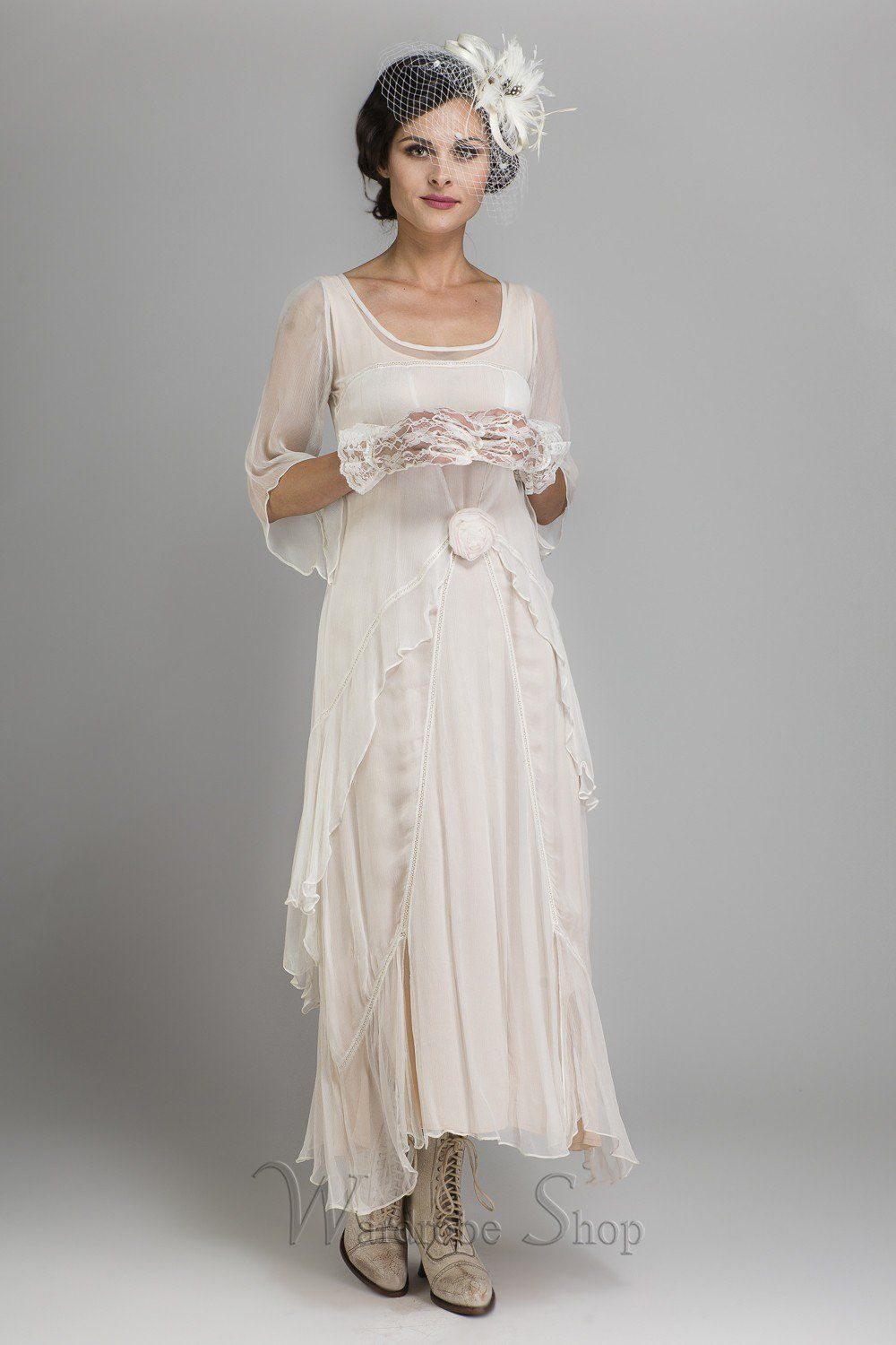 Vintage Inspired Wedding Dresses and Gowns | Vintage inspired ...