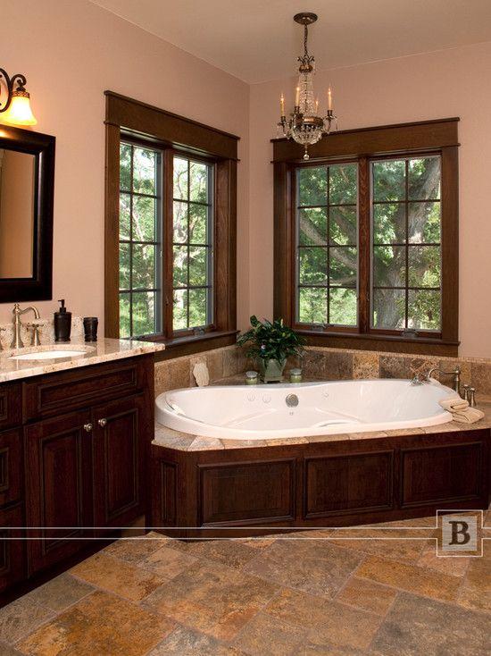 corner soaker tub abuts vanitynot sure how shower would work
