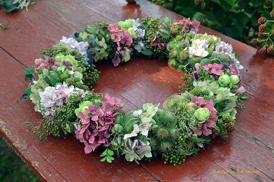 Blumenkranz herbst google suche blumen kr nze pinterest garten kranz und himmel - Herbstdeko mit erika ...
