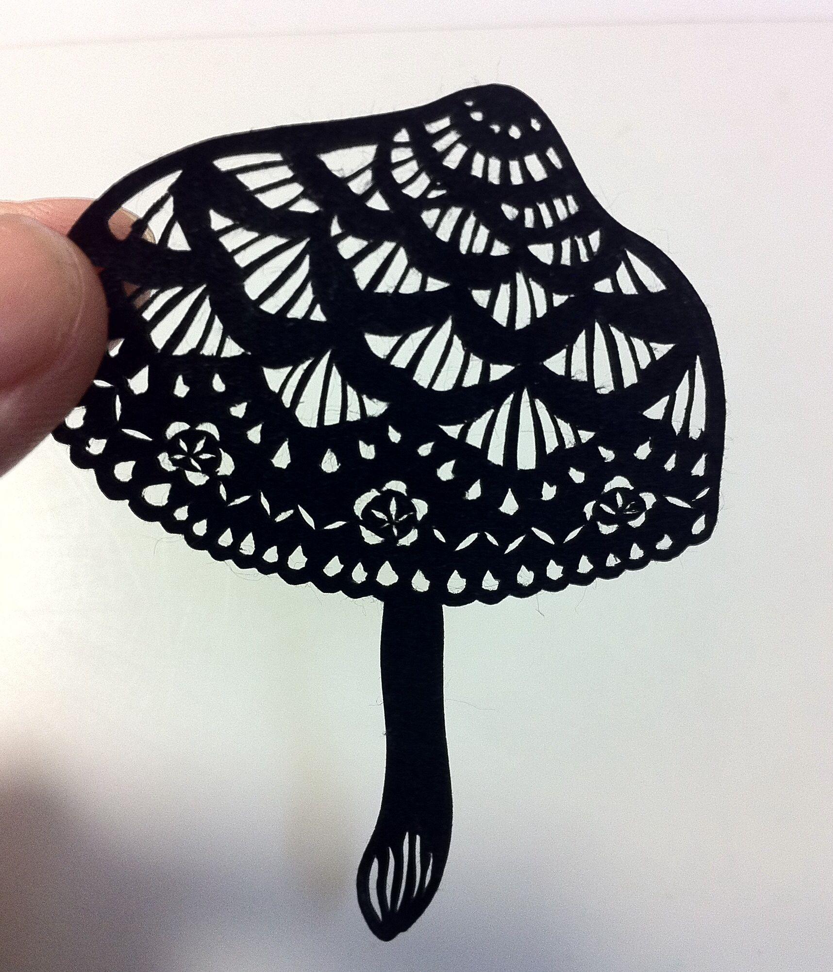 paper-cutting  mushroom