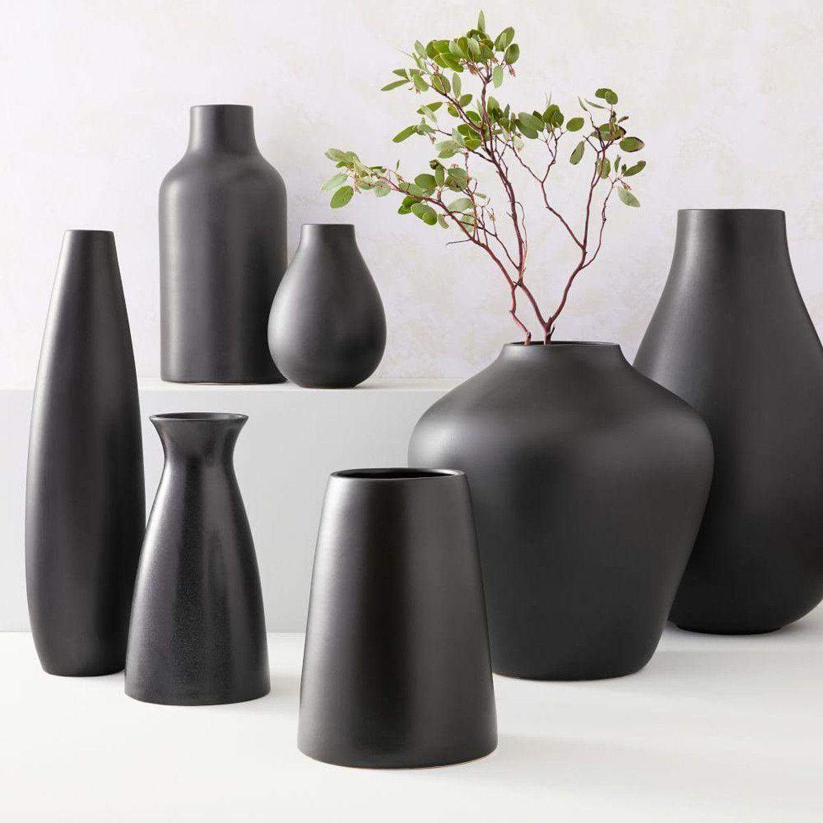 Pure Black Ceramic Vases In 2020 Pure Products Black Vase Vase