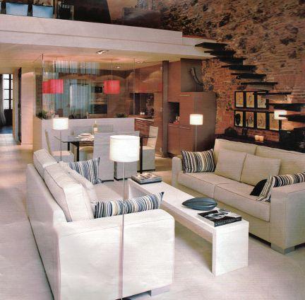 Open space con soppalco e spazio esterno monolocali for Piccoli piani cabina con soppalco e veranda