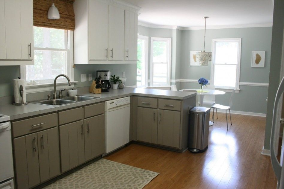 Clean And Minimalist Kitchen With Painting Laminate ...
