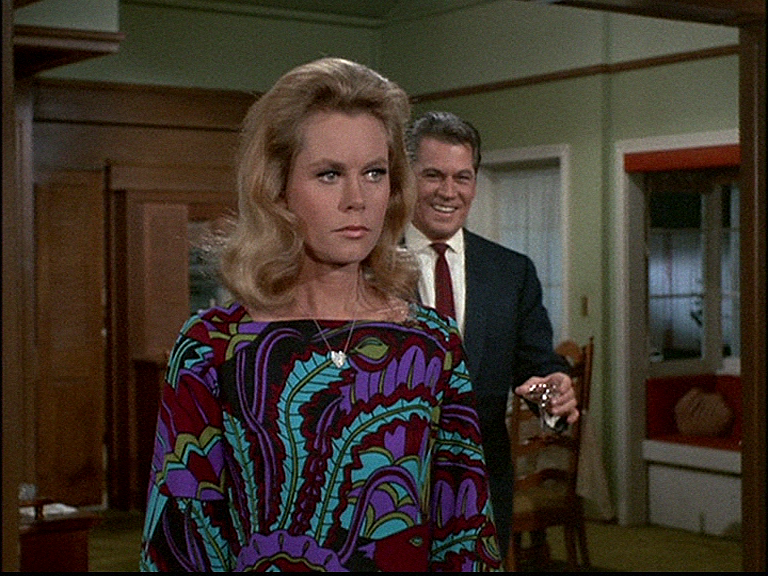 Bewitched: Season 4, Episode 18 Once in a Vial (4 Jan. 1968) Elizabeth Montgomery