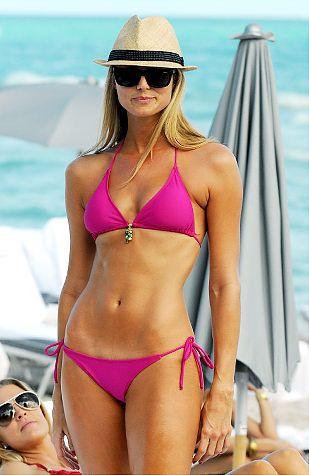 Stacy Keibler looking hot.