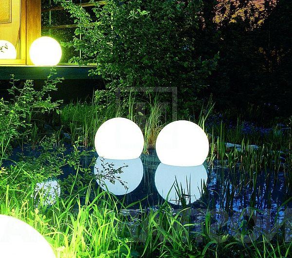 Des lampes solaires- jardin moderne | Balcon | Lampe solaire ...