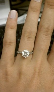 Looking For Moissanite Rings Sz 7 1 1 5 Carat Weddingbee Rings Moissanite Rings Bling Rings