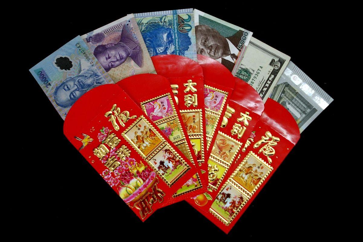 Different Hongbaos (Money gifts from Vietnam, China, Hong Kong, Singapore, traditionally