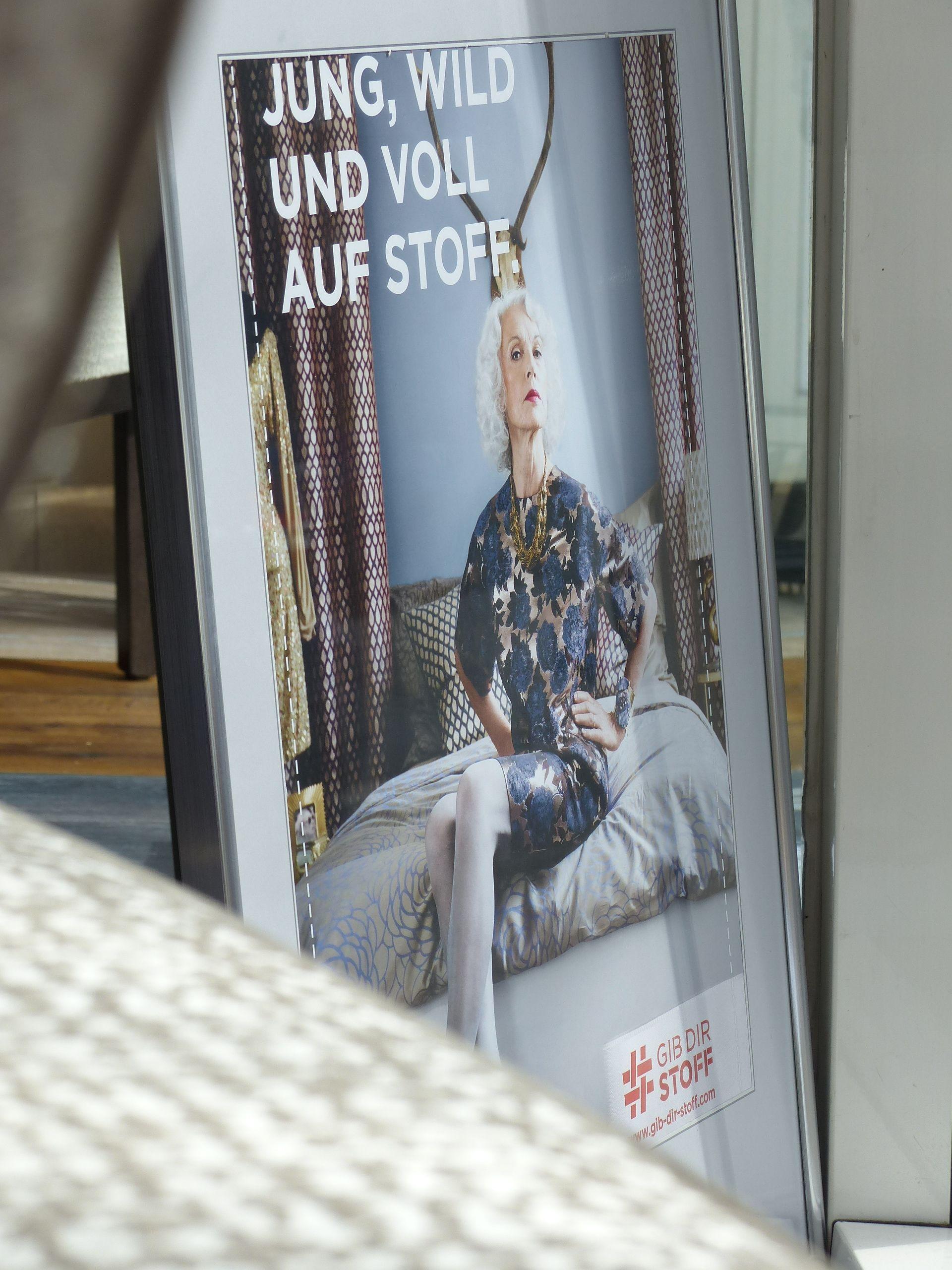 Initiative @gibdirstoff #gibdirStoff #textiles #Textil #Deko #Design #Stoff #Dekostoff #Dekorationsstoff #Möbelbezugsstoff #Polsterstoff #Möbelstoff ....alles Stoff! Wir sind dabei! #Kiel #Raumausstatter