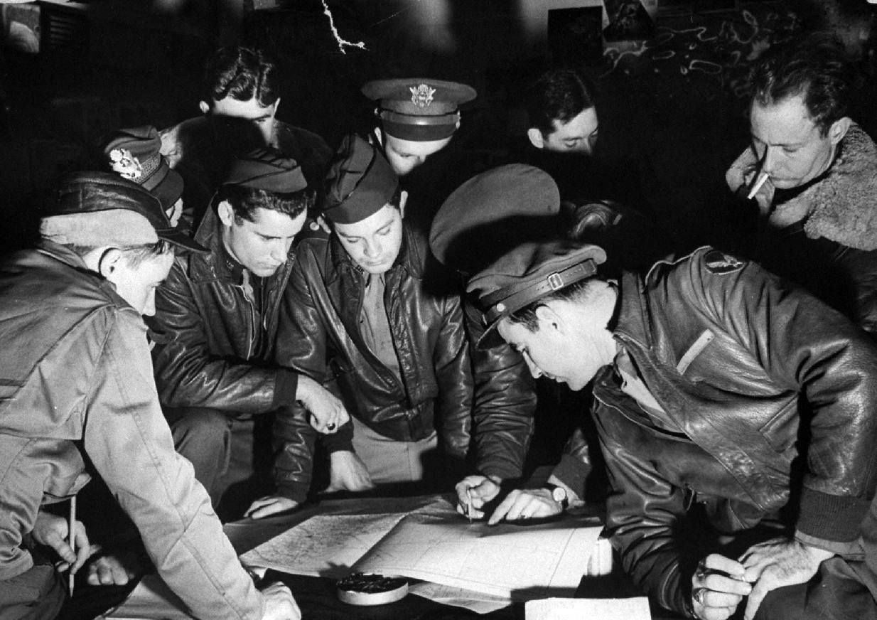 Briefing 8Th Air Force Bomber Command, England, 1942 Photo: Margaret Bourke-White - LIFE Collections