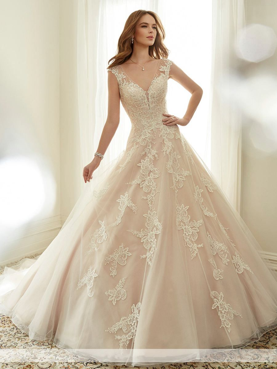 Elegant ball gown vneck lace bridal wedding dresses with lace