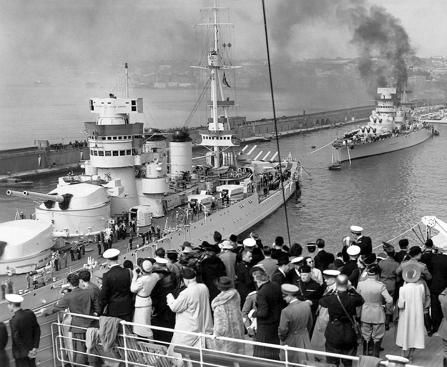 история в фотографиях | Корабль, Военно-морской флот ...