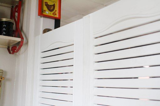how to clean louvered blinds
