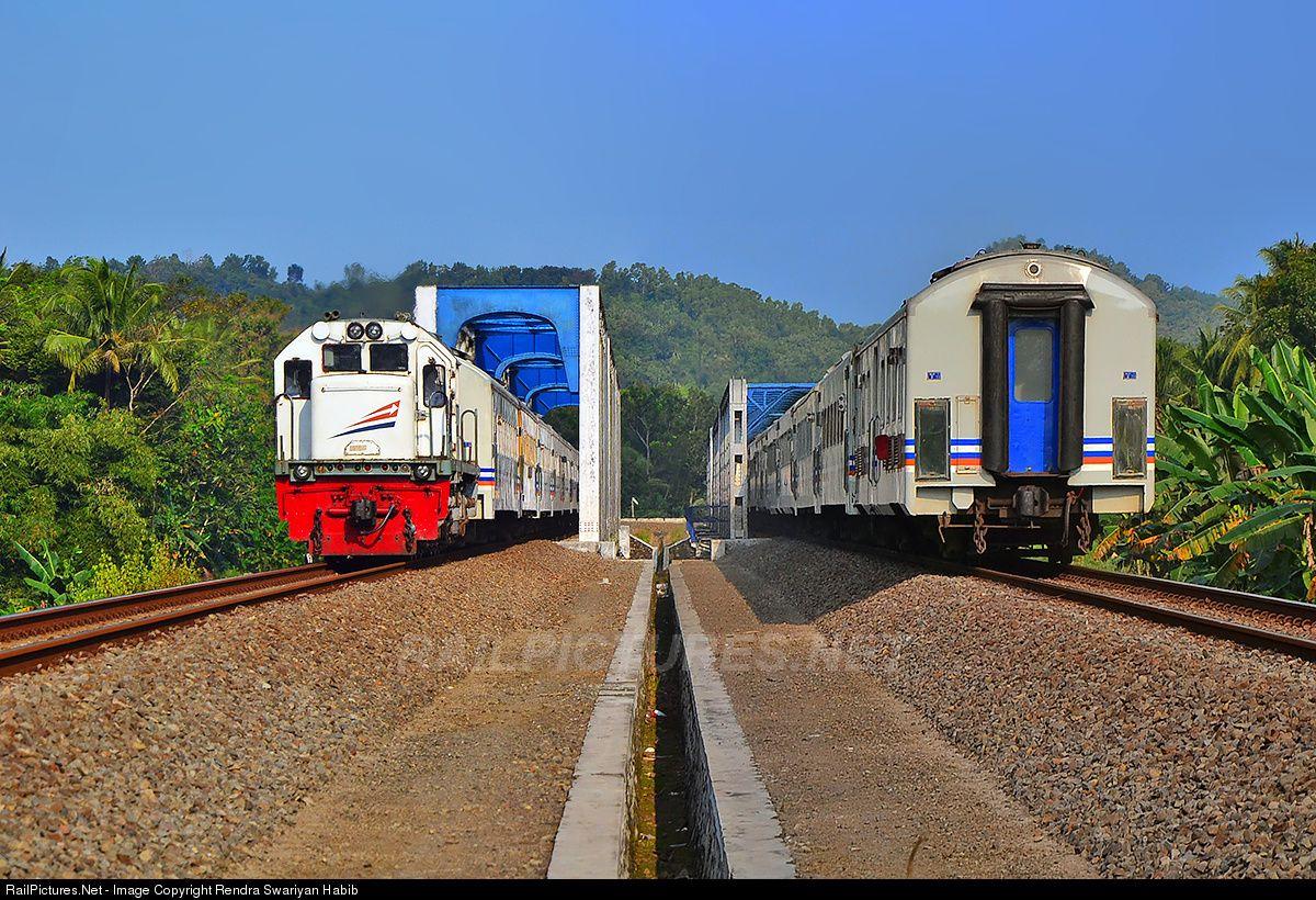 RailPictures.Net Photo: CC201XX PT Kereta Api Indonesia GE U18C at Jenar, Indonesia by Rendra Swariyan Habib