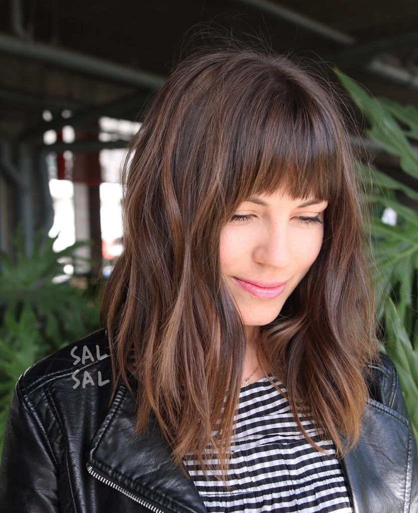 Layered Brunette A Line Lob With Fringe Bangs And Highlights Medium Length Hairstyle Medium Hair Styles Hair Styles Hair Trends 2018
