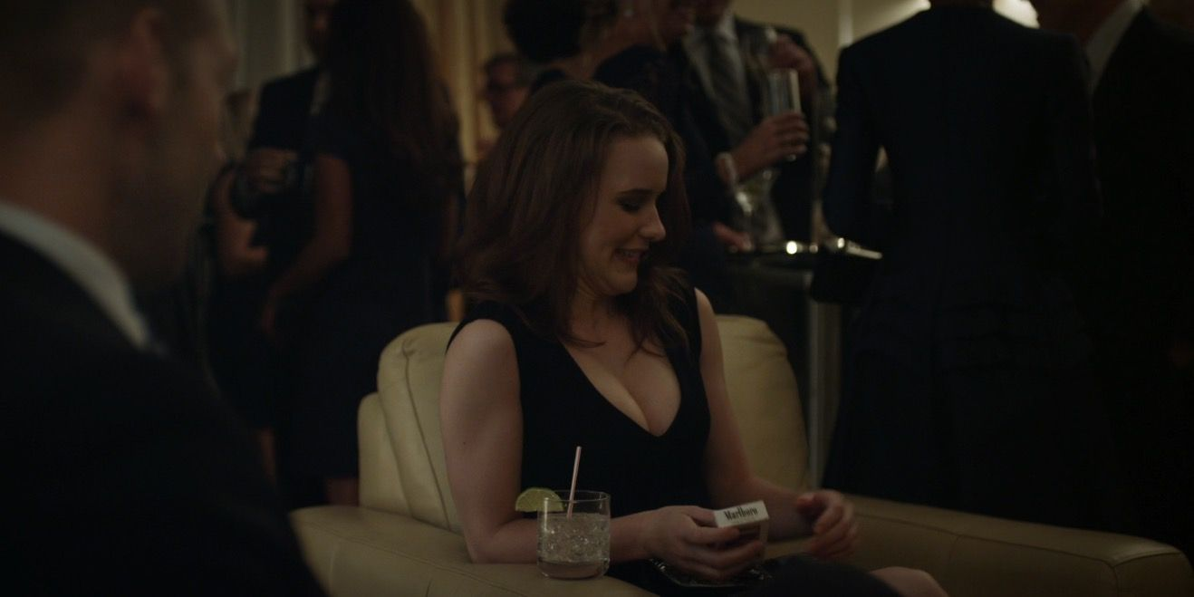 Marlboro Cigarettes Held By Rachel Brosnahan In House Of Cards Chapter 10 2013 Marlboro House Of Cards Drama Tv Series Rachel Brosnahan