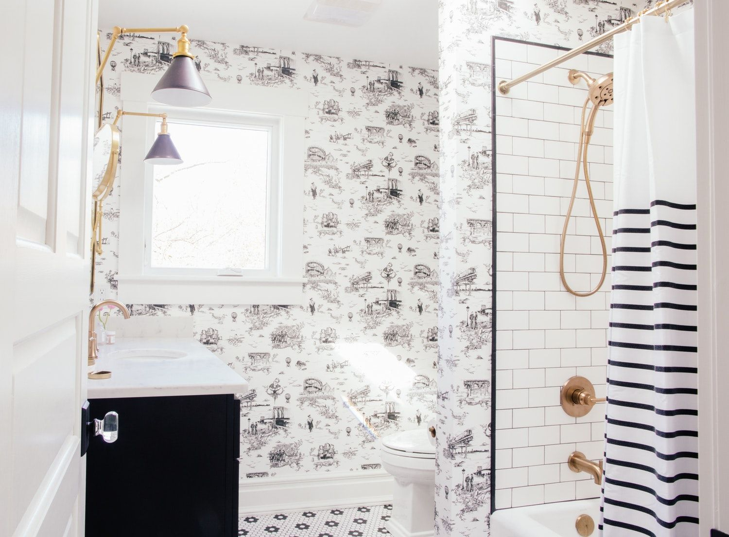 How To Create a Timeless Classic Chic Bathroom | Classic chic ...