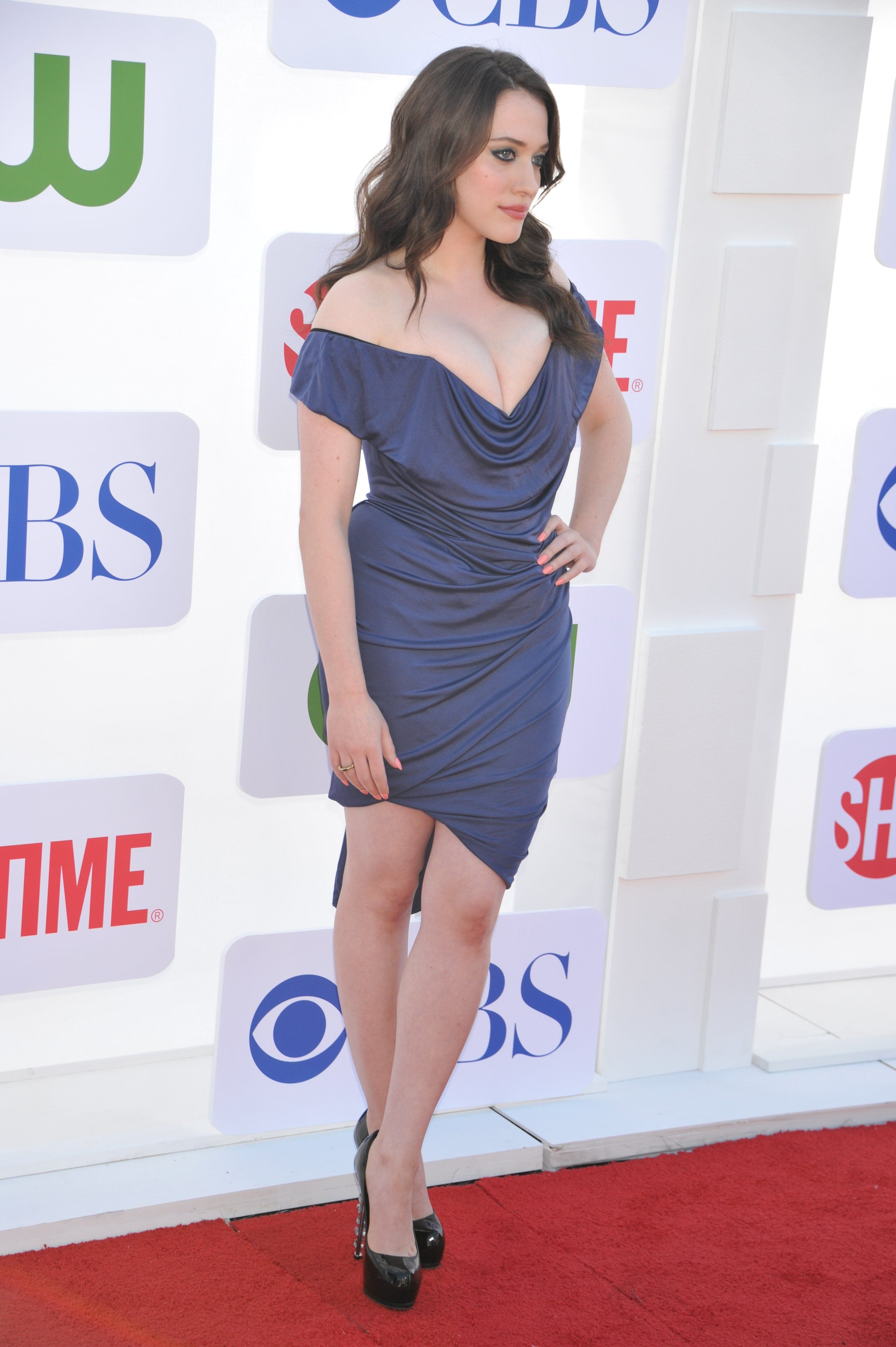kat dennings getty images