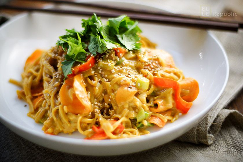 Vegetarian Gluten-free Peanut Coconut Noodles #thaifoodrecipes