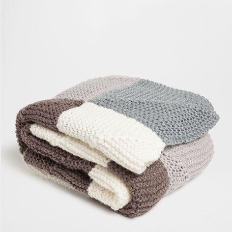 Manta crochet cuadros mantas cama zara home espa a shop online deco Mantas sofa zara home