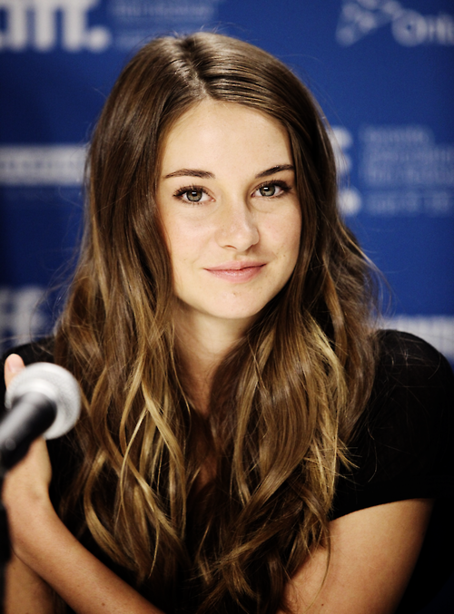 Image result for shailene woodley    Actors And Celebrities Who Live Like Normal People