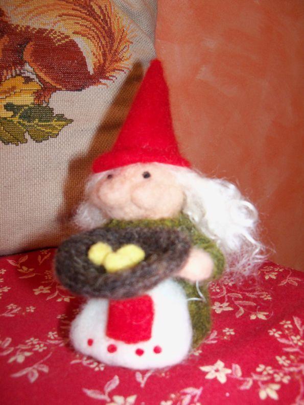 Madame gnome Luigia with eggs