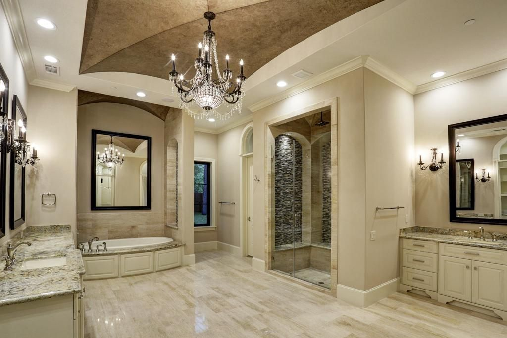 Closet Floor Travertine
