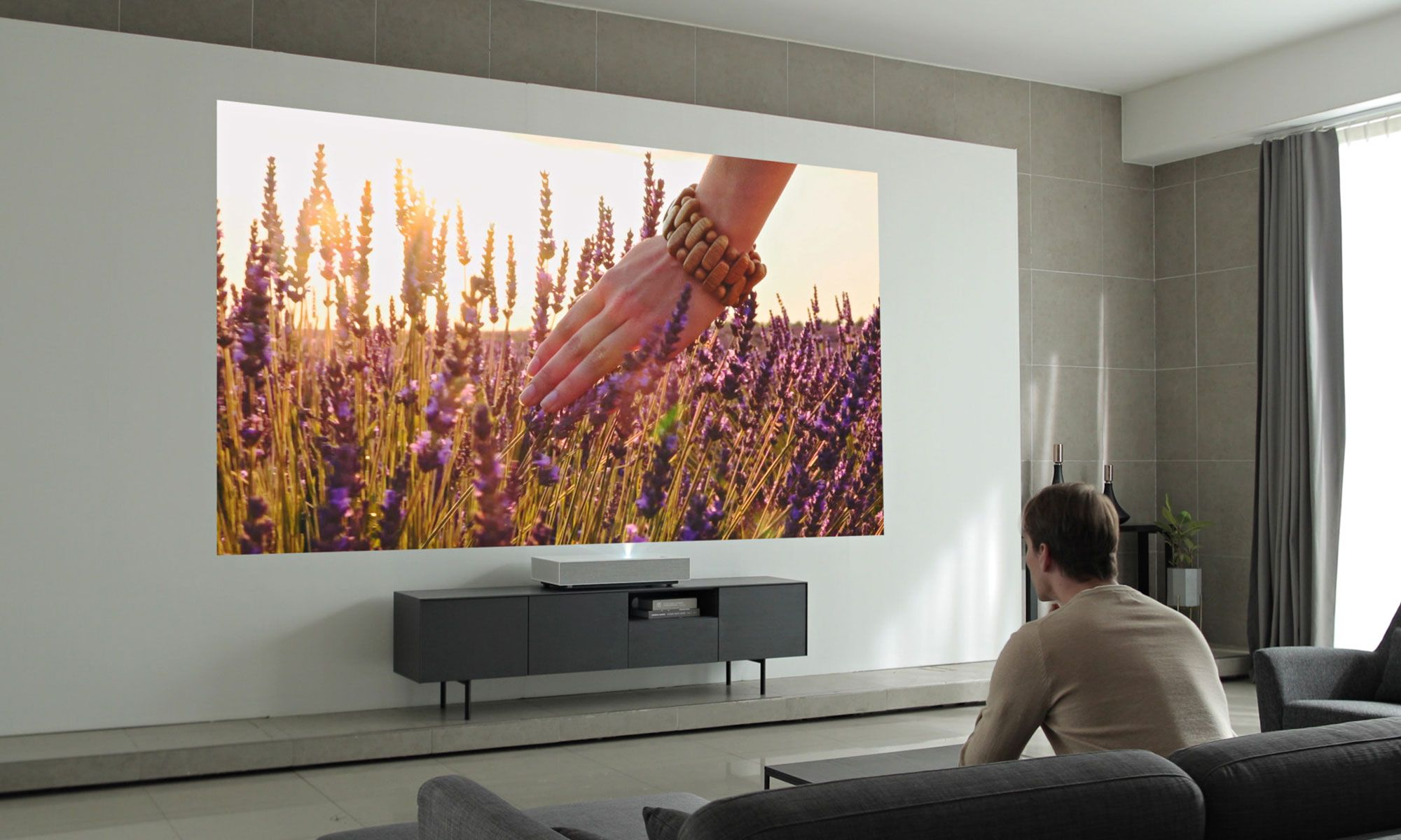 Lg Cinebeam Ai Thinq 4k Laser Projector Now Available In Stateside