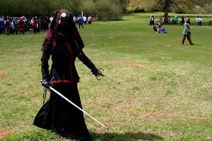 Black and red rapier armor | SCA Fencing in 2019 | Playing dress up