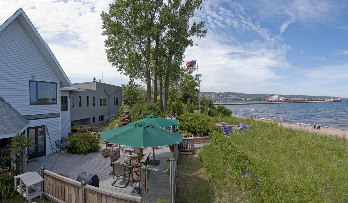 Solglimt Waterfront Duluth MN Bed and Breakfast Bed and