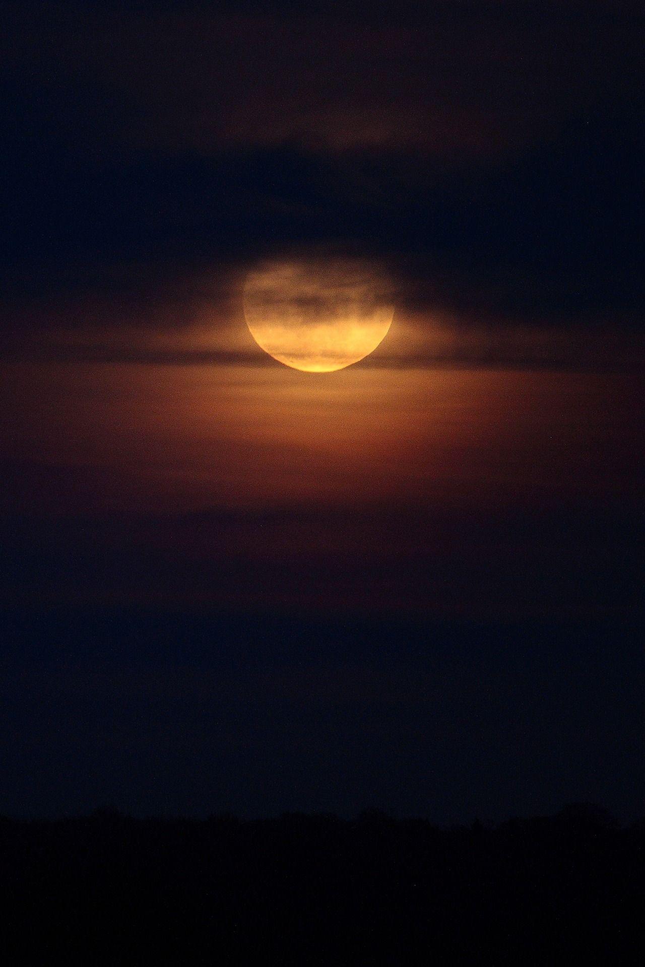 Super Moon.by (Anthony Beyga)
