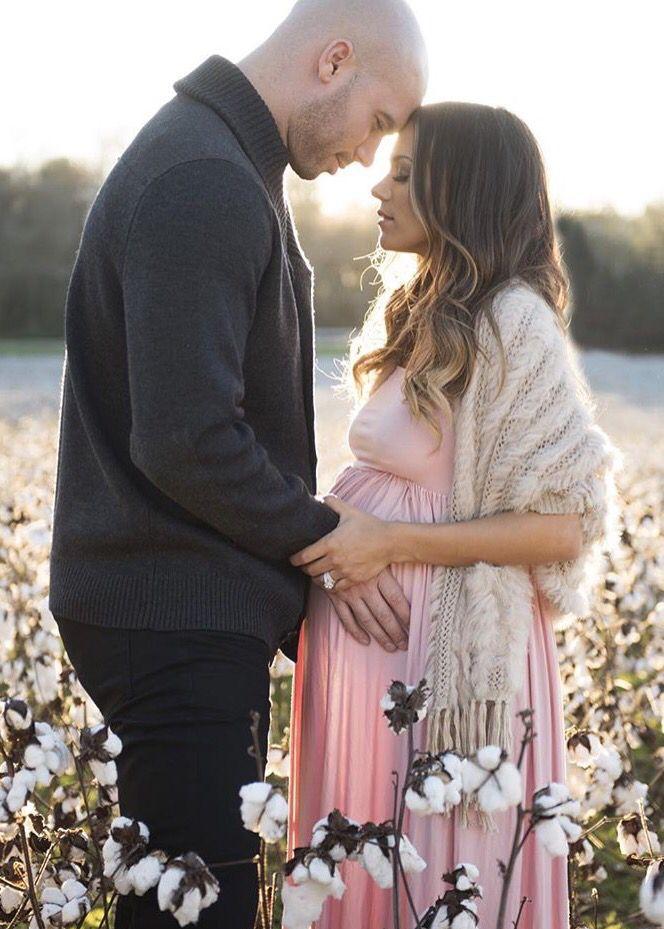Jana Kramer pregnancy photo