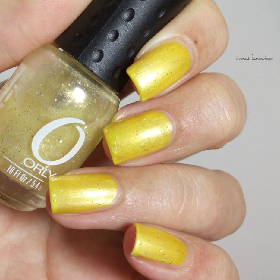 gold gelber Glitzer ungünstig kombiniert | Gelb, Glitzer und Gold