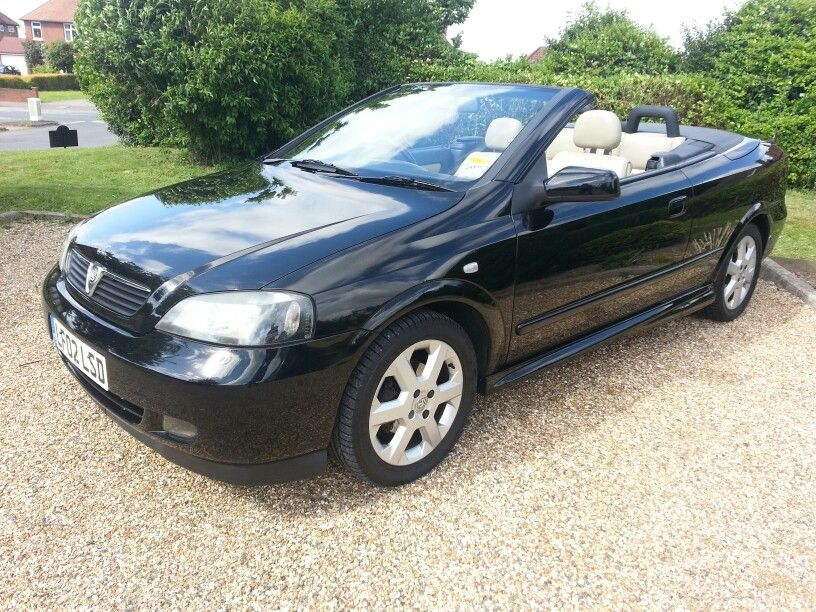 My Vauxhall Astra Bertone With Cream Leather It Was Definiately Good Fun In The Sun Car6 Vauxhall Astra Vauxhall Opel