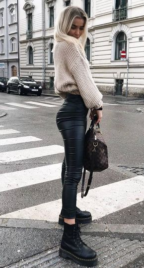 Obsessed with these leather leggings