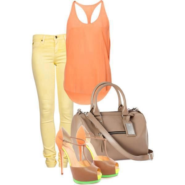 You will see many casual and comfortable combinations for your walk in the park or more elegant ones for your next party. In this post I present you 33 Polyvore