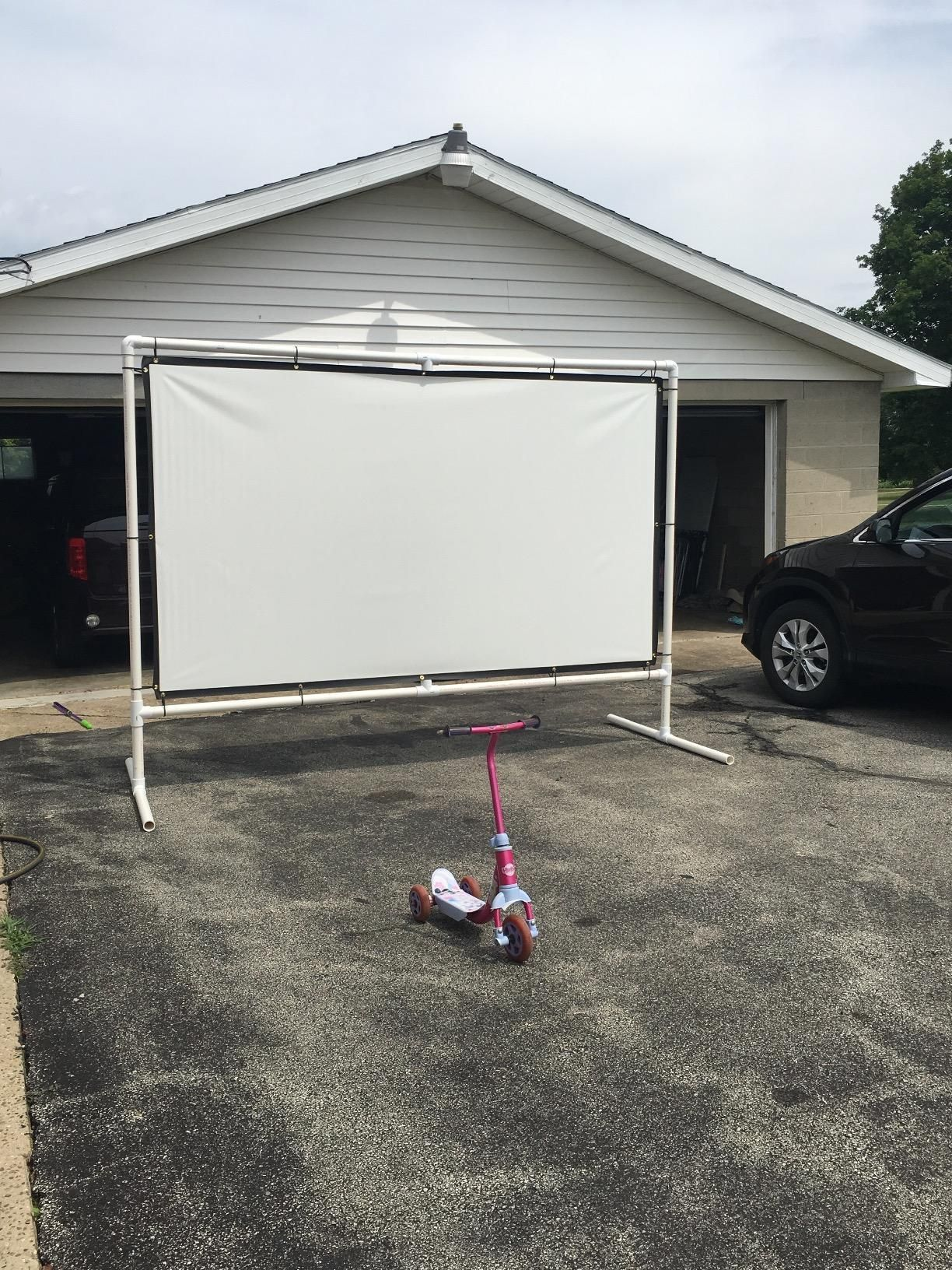 Amazon Com Excelvan Outdoor Portable Movie Screen 120 Inch 16 9 Home Cinema Projector Screen Pvc Fab Home Cinemas Outdoor Projector Screens Outdoor Projector